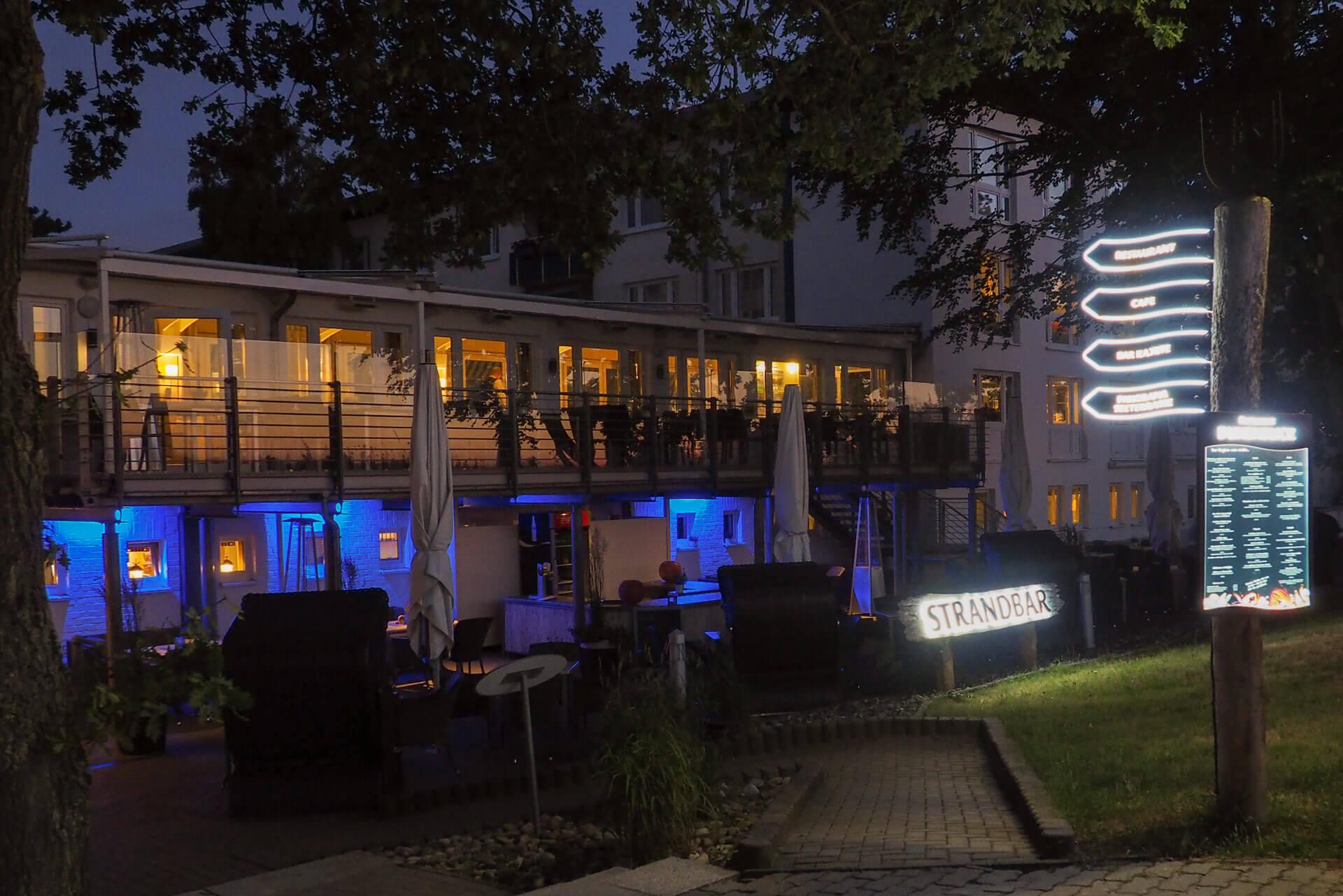 Werbung für Hotels mit Licht
