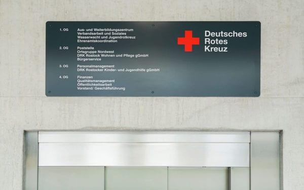 DRK Rostock Fahrstuhlbeschilderung
